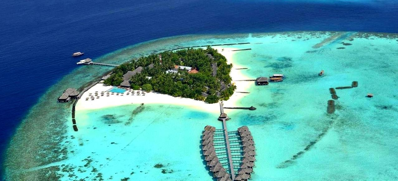 Big hotel south ari atoll maldives 110643